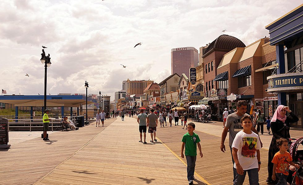Atlantic City Boardwalk to Permit Open Alcohol Containers Beginning This Week