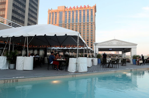 Atlantic City Casinos Can Now Offer Indoor Dining as Ban is Lifted